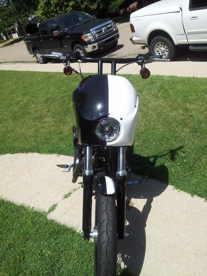 Harley Davidson Two-tone Matte White & Black Wrap